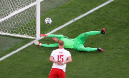 Lewandowski məğlubiyyət acısı yaşadı.